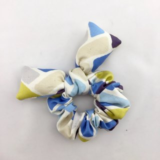Blue square box of donut butterfly hair bundle --- Butterfly wings lovely broken tables