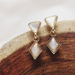 Strolling to settle the Vienna - Dangling earrings earrings (pair) = can change the ear clip =