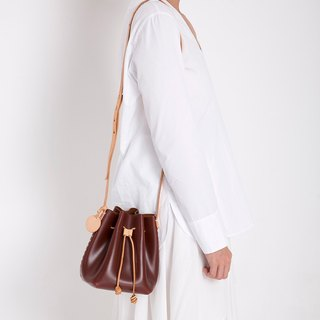 JulyChagall daydream tanned leather trumpet mini bucket bag shoulder slung close bucket bag