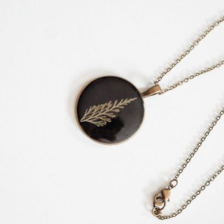 Fern -necklaec(Bronze color) 30 mm