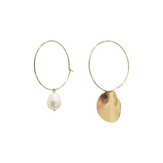 Freshwater pearls and circular arc earrings