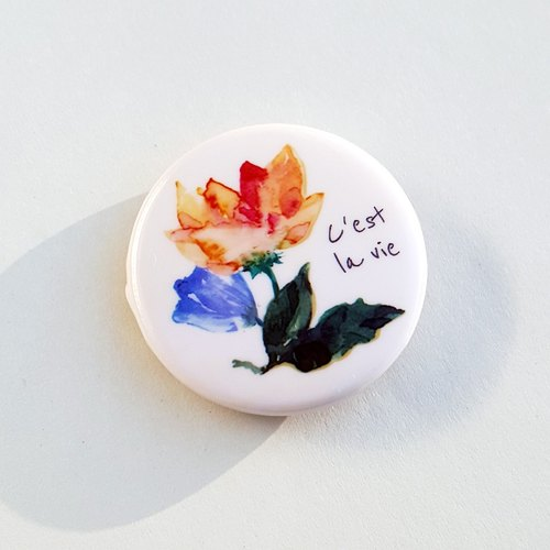 C'est la vie time badge pin