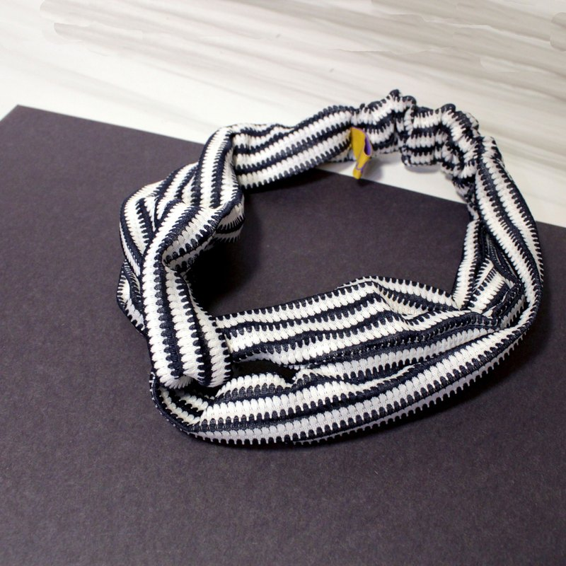 Black and white wavy elastic elastic hair band limited edition