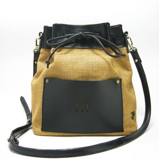 ● jet black bucket bag (black leather / linen) __ as for zuo zuo hand-made leather embroidery