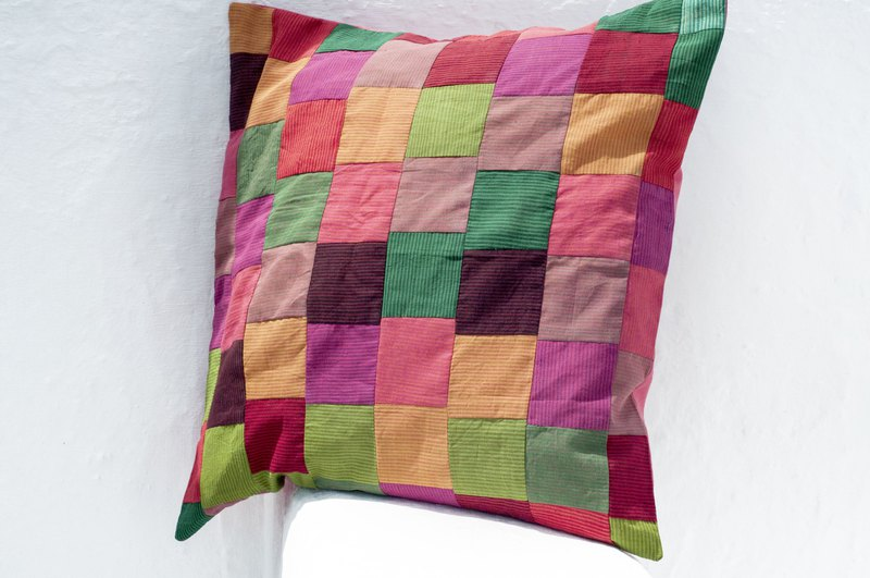 Hand-stitched hug pillowcase cotton pillowcase hand-splicing pillowcase-artistic square geometry cake