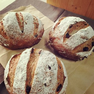 Feel European bread French country (a group of four into)