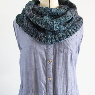 Blue wool scarf (green blue flower yarn)