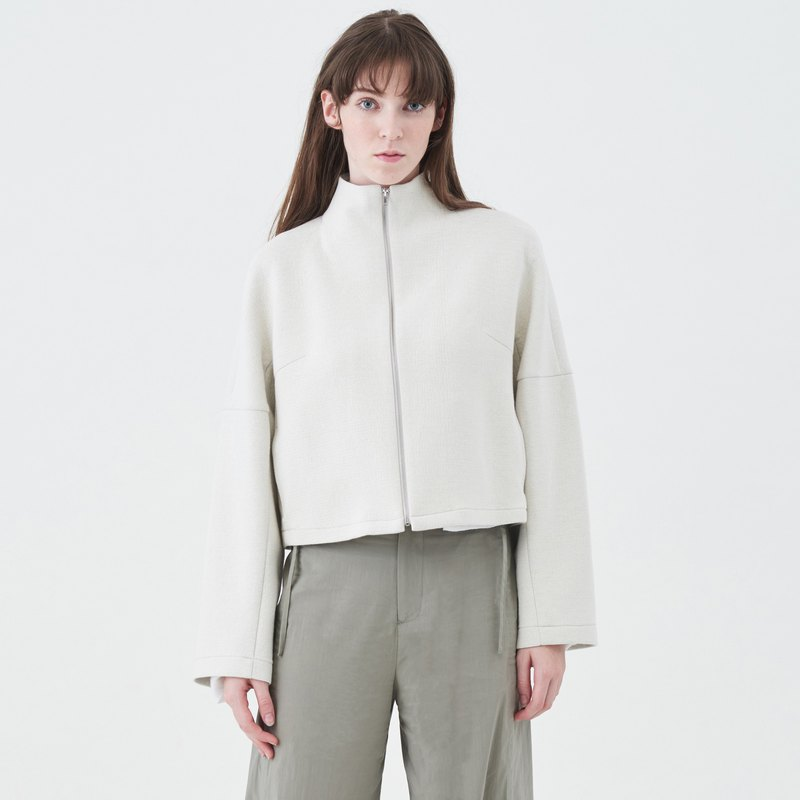TRAN - high-necked crop jacket