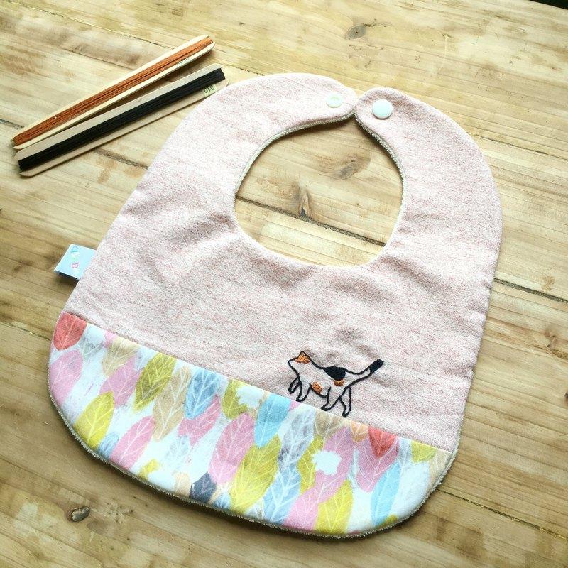 散步貓咪 嬰兒圍兜 口水巾 彌月禮盒