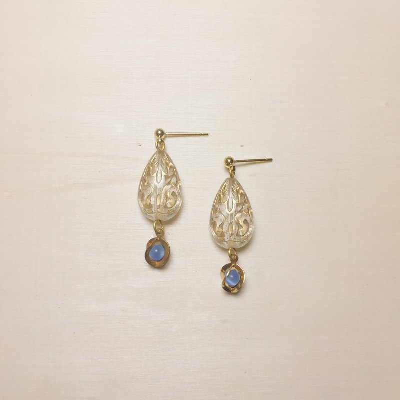 Vintage transparent water drop engraving earrings