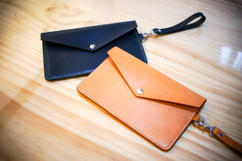 One to one leather experience course-leather clutch