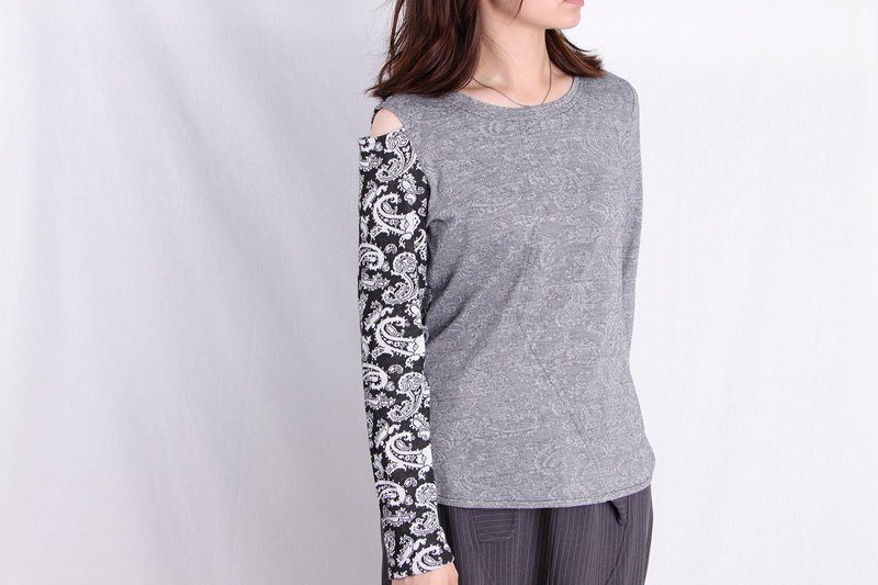 MANA.Design / Grey Embossed Morphology One Shoulder Long Sleeve Top