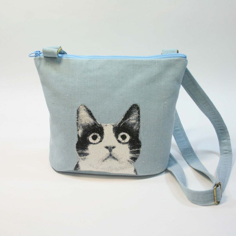 26cm diagonal back shoulder small tote bag 01 - black and white cat
