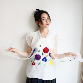 Gorgeous summer, hand-made embroidery processing tops