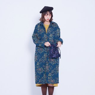Corsage Italian _ ancient flower shirt jacket - green flower Taiwan Design (with purple bag)