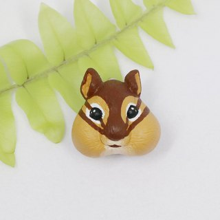 Chipmunk brooch (pin / magnet) | hand | animal | accessories | jewelry |