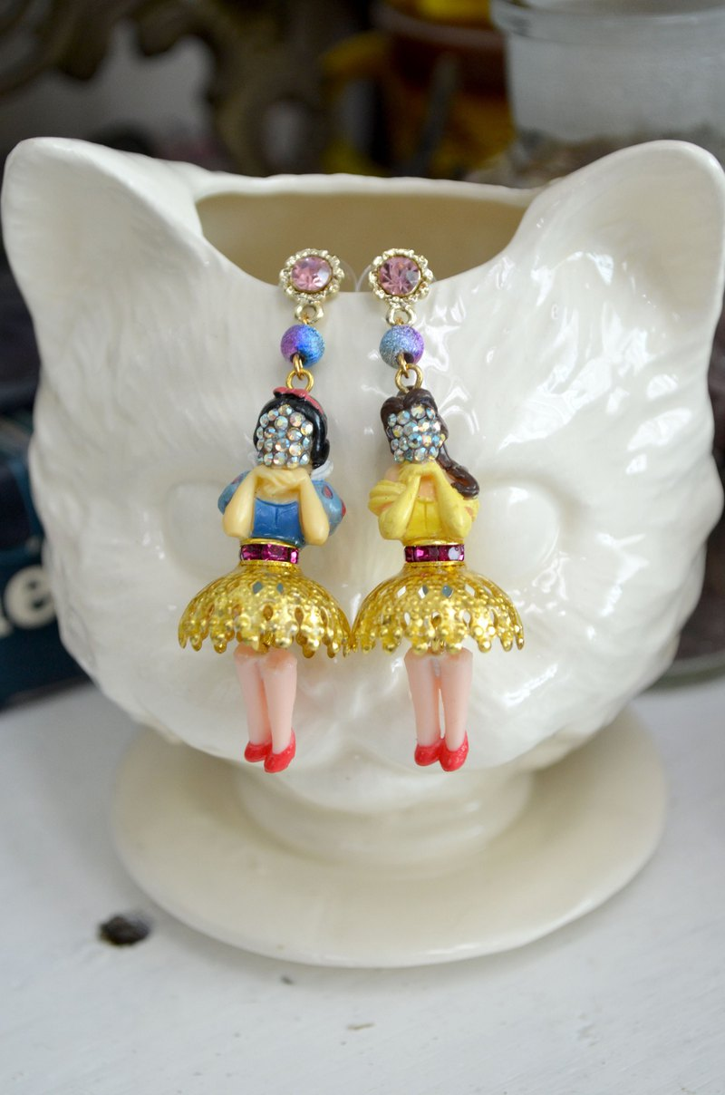 Spoof Crystal Mask Masked Princess Earrings PRINCESS White Snow Bell Beauty Beast EARRINGS