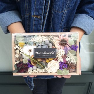 [Busybee] Flower box gift romantic dried flowers