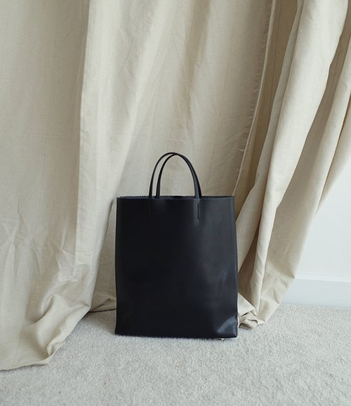 PAPER BAG - BLACK (Tote bag)