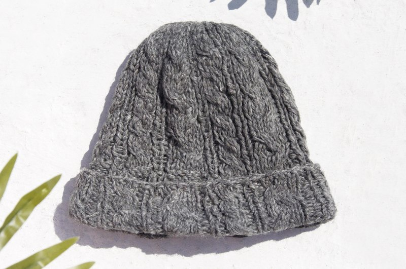 Hand-knitted pure wool cap woven cap knitted cap inside brush fur cap wool cap - twist gray