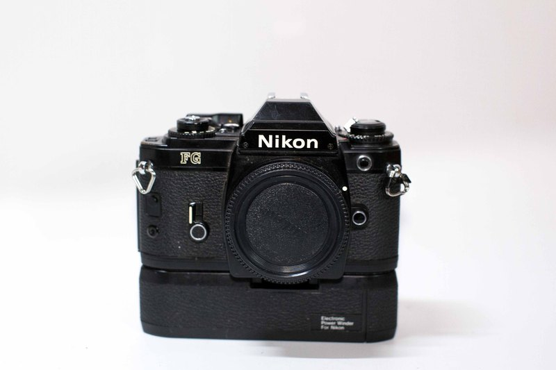 Nikon FG single body + automatic film handle