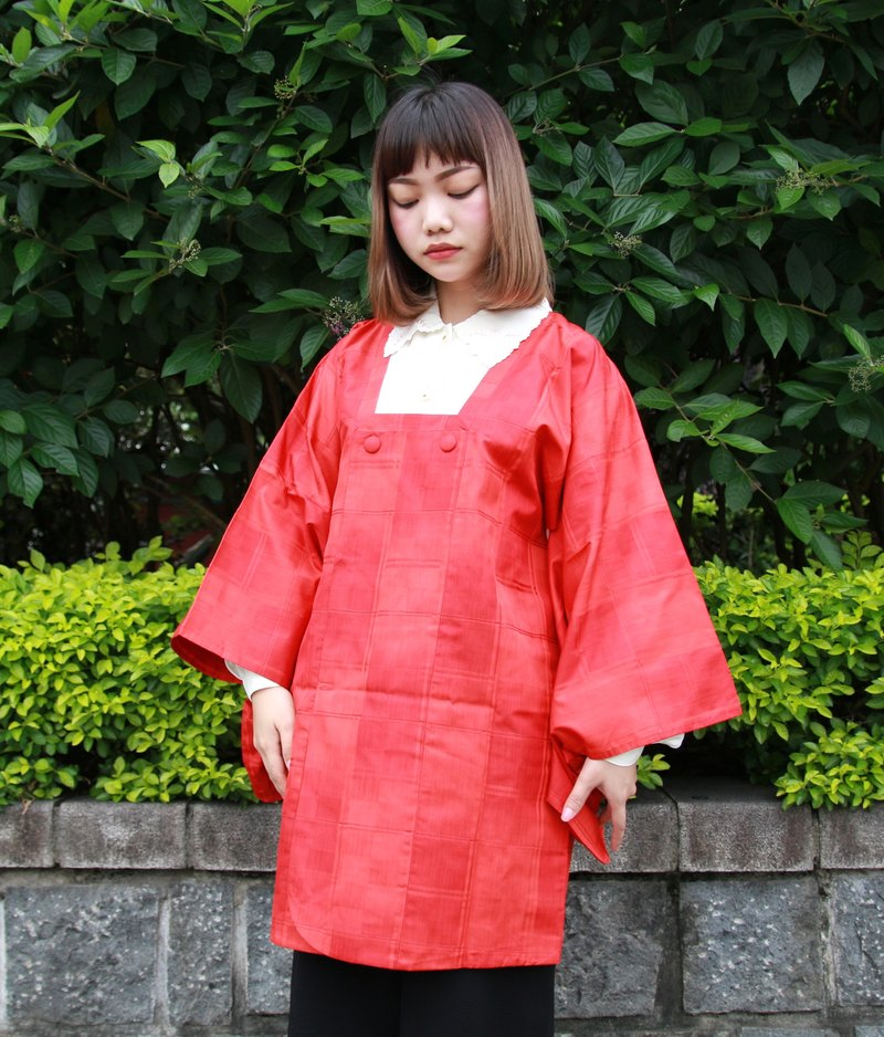 Back to Green :: Japan comes back with staggered brick material more vintage kimono (KBI-46)