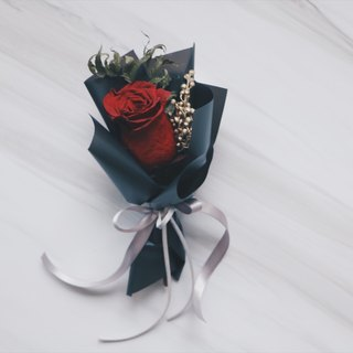 Crimson Rose Mini Bouquet / Graduation Bouquet / Valentine's Day / Immortal Flower / Not Withered / Dry Flower