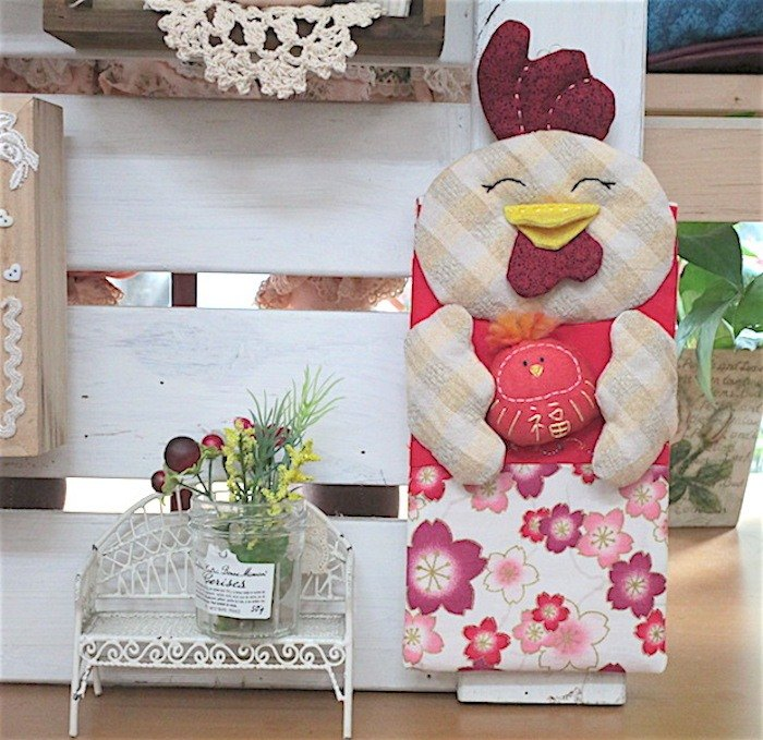 wonderland22 festive chicken ornaments | red envelopes | Small Bag