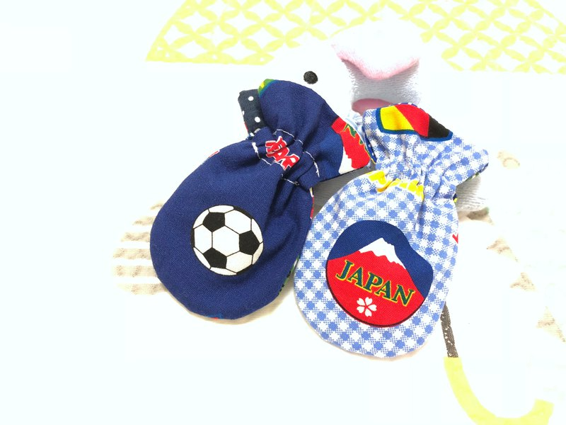 Ball. Two models / earphone storage bag. Seal. Small storage bag. Pouch bag. Dragon Boat Festival sachet bag.