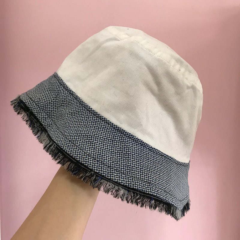 Bucket Hat double-sided fisherman hat | white with blue and white pattern side blue tassel