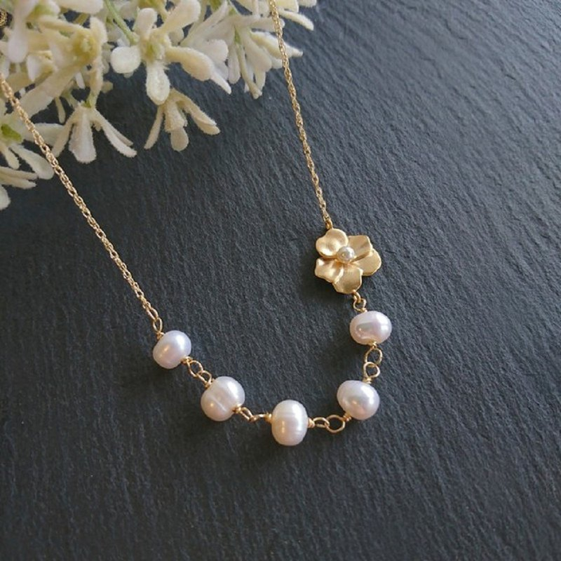 【14 kgf】 freshwater pearl corsage necklace