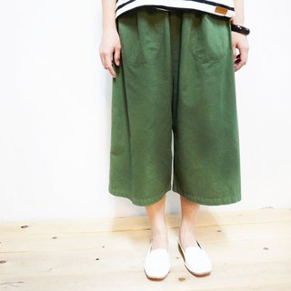 Comfortable cotton cropped wide pants / green