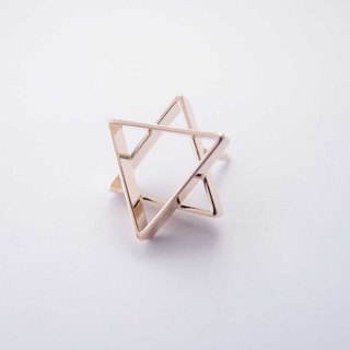 Hexagonal geometric brooch