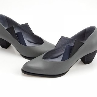 Overlapping  (dark grey mid heels handmade leather shoes)
