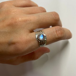 Moonstone Ring Handmade in Nepal 92.5% Silver
