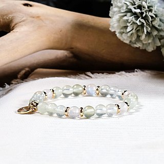 String Series Brass Grape Stone White Moonstone Bracelet Natural Ore Crystal