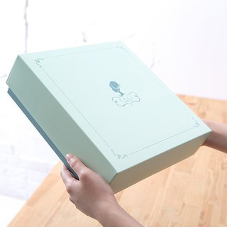 Perfect tea gift box │ triangle tea bag ‧ handmade cookies ‧ design simple and generous ‧ gift the best choice