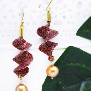 Edith & Jaz • Freshwater Pearl Twist Earrings – Reddish Brown Color