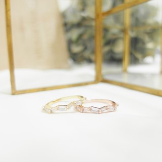Rectangular Zircon Wave Ring - Gold / Rose Gold