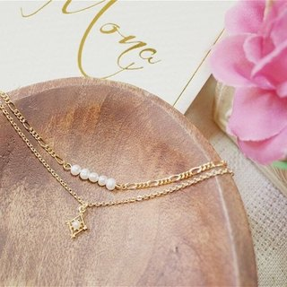 Elegant pearl diamond chain hands