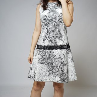 MIT lace on lace belt dress (R5027E)