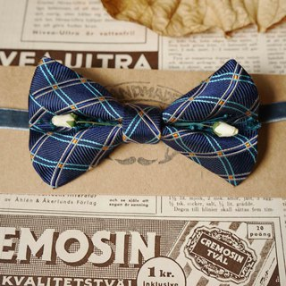 Papa 's Bow Tie - Antique Cloth Belt Handle - Daily Blue - White Rose Edition