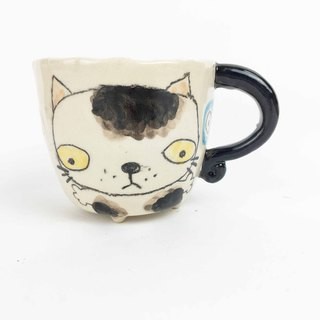 Nice Little Clay Small Four-legged Cup Poor Cat 0108-01