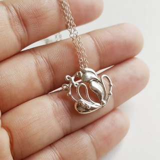 Heart Language Flower Silver Necklace