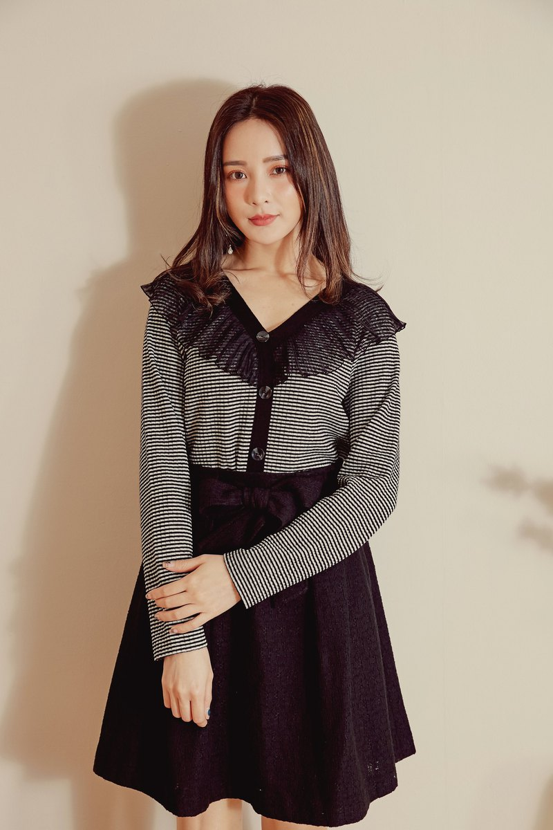 MIT Knitted Striped Ruffled Top (R6023A)