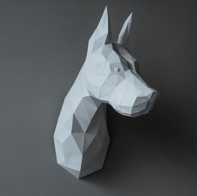 正版匠紙_DIY 材料_紙模型_禮物_手作_杜賓犬在看著你壁飾