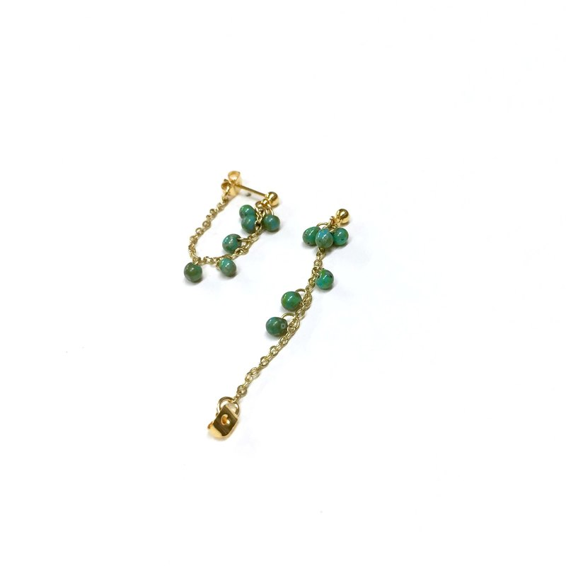 【Zao】 【whisper】 antique oil painting. Turkish green mini antique bead. 18KGP. Two-purpose drop earrings / ear / earrings