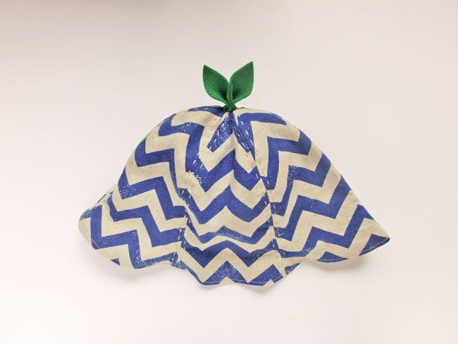 Grow Up! Leaf Hat for Baby & Toddler /ZigZag Blue