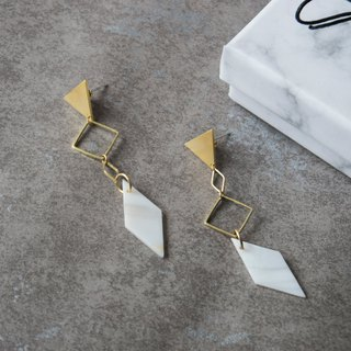 geometry. Natural Diamond White Earrings (Auricular Sterling Silver)
