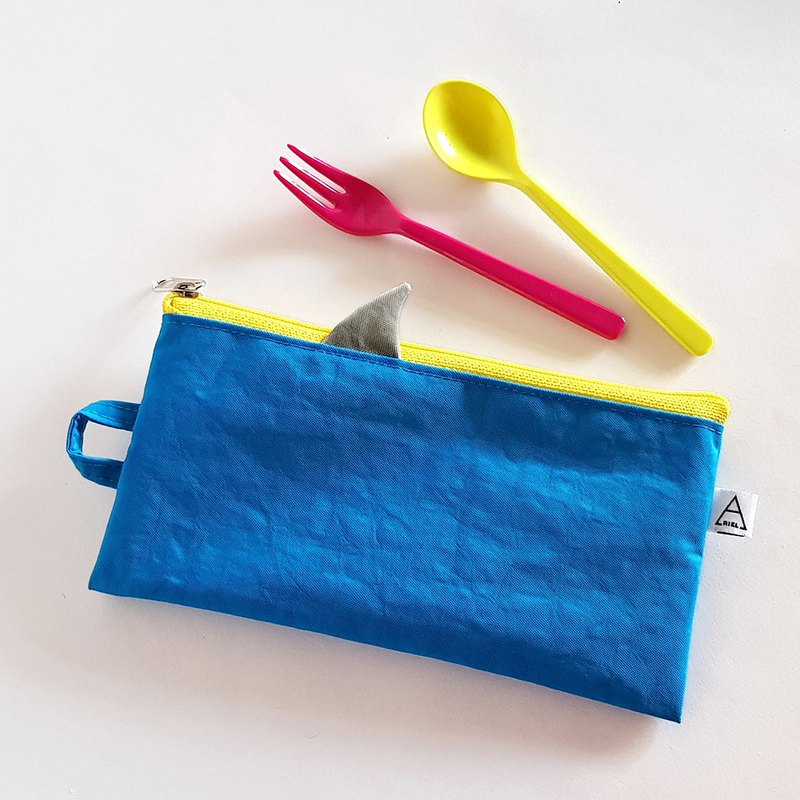 New iron ash shark fin / shark comes with environmentally friendly cutlery bag / wide / blue sea shark / with Christmas packaging